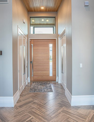 Entry way web 400x516 - Home Electronics Gallery