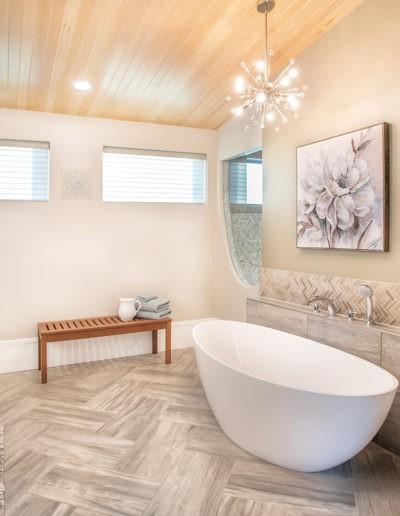 Master Bath web 400x516 - Home Electronics Gallery
