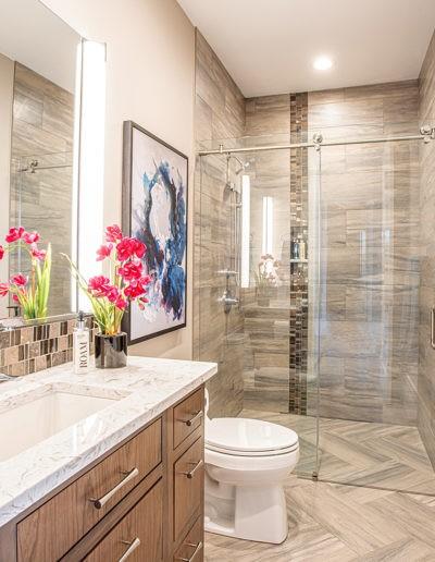 entry bath web 400x516 - Home Electronics Gallery
